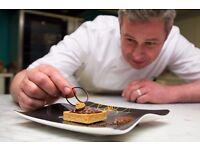 Kitchen Staff-Dessert chefs-Kitchen porters