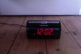 Clock Radio / Radio Alarm / Perfect Condition / EU plug