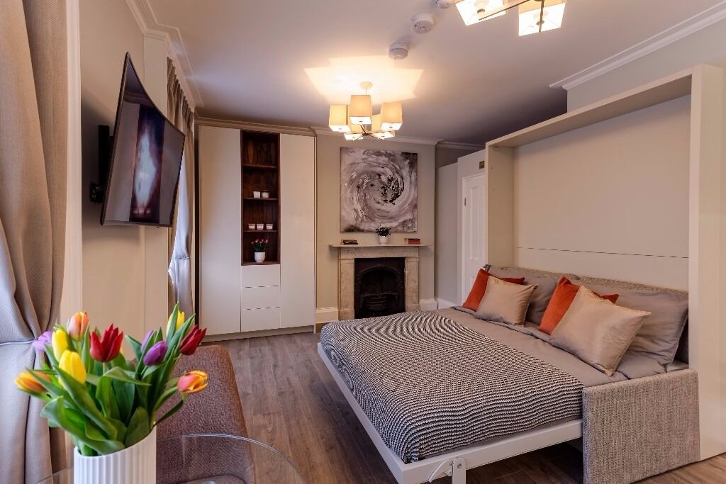 Classy Studio Flat, Newly Refurbished building, Regent's Park, Available 24th July, All bills & WiFi