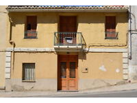 Spain, Valencia, nice village town house for to reform. near from beach and airport, (30 min)