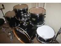 "Yamaha YD Series Black 5 Piece Drum Kit (22"" Bass) - DRUMS ONLY"