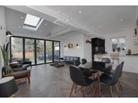 A lovely modern and spacious stunning two bedroom house arranged over three floors.