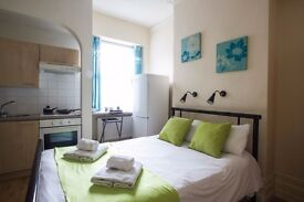 STUDIO in zone 2/ suitable for COUPLES/STUDENTS/HOLIDAY #REDB