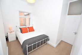 50% off the first month - Double room - LOVELY BED HOUSE SHARE - B67