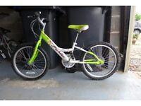 Girls Bike - 6 gears, 10 inch frame, 15 inch wheels