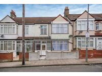 SW17 7LQ - FISHPONDS ROAD - A STUNNING NEWLY REFURBISHED DOUBLE ROOM WITH ALL BILLS INCLUDED