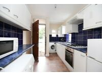 4 Bed Spacious Flat to let in Heaton Option of All Bills Included.....Available Now
