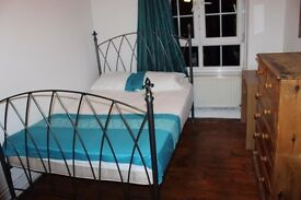 Super nice Double room at Wapping/ St Katherine's Dock, LOW DEPOSIT, FREE CLEANING, FREE LCD TV