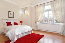 MAIDA VALE**NOT TO BE MISSED**LOVELY VERY BIG DOUBLE ROOM**AVAILABLE IMMEDIATELY**CALL TO VIEW