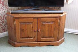 Tv / Video Cabinet