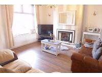 AVAILABLE NOW 2 bedroom flat newly refurbished 3 min Warwick Avenue furnished