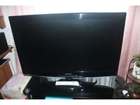 Samsung 40inch Flat Screen TV in Black - Excellent Condition