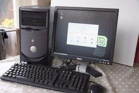 "Dell Dimension 1100 DE051 Linux Mint Workstation (1.5GB RAM, 2.8 GHz) 17"" Dell Flat Screen Monitor"