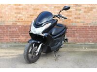 Honda PCX 125 **Only 10k Miles** NOT Vision Sh Forza Dylan pcx125 Delivery Bike Yamaha Nmax Tmax