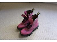 Pink Dr Marten boots UK size 5, very good condition, hardly worn.