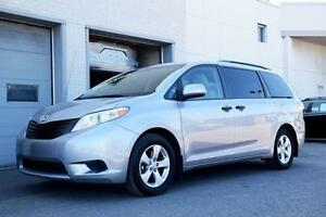 2012 Toyota Sienna V6 TOUTE ÉQUIPÉ MAGS BAS KM'S ONE OWNER NEVER