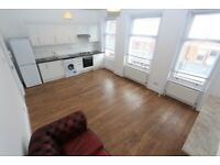 30TP-Spacious Bright Quiet THREE BED / TWO BATH DUPLEX FLAT (over 2nd & 3rd Floors)-Crouch End, N8