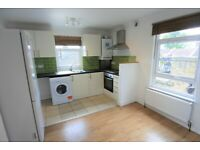 Good sized three bedroom flat to rent on Willesden Lane