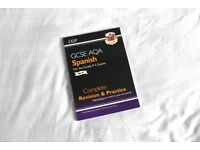 CGP GCSE AQA Spanish Revision and Practice Guide (9-1)