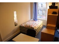 **** Room share: Single room available in a Room share / Twin room.
