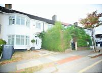 3 bedroom house in St Mary's Road, London, NW11