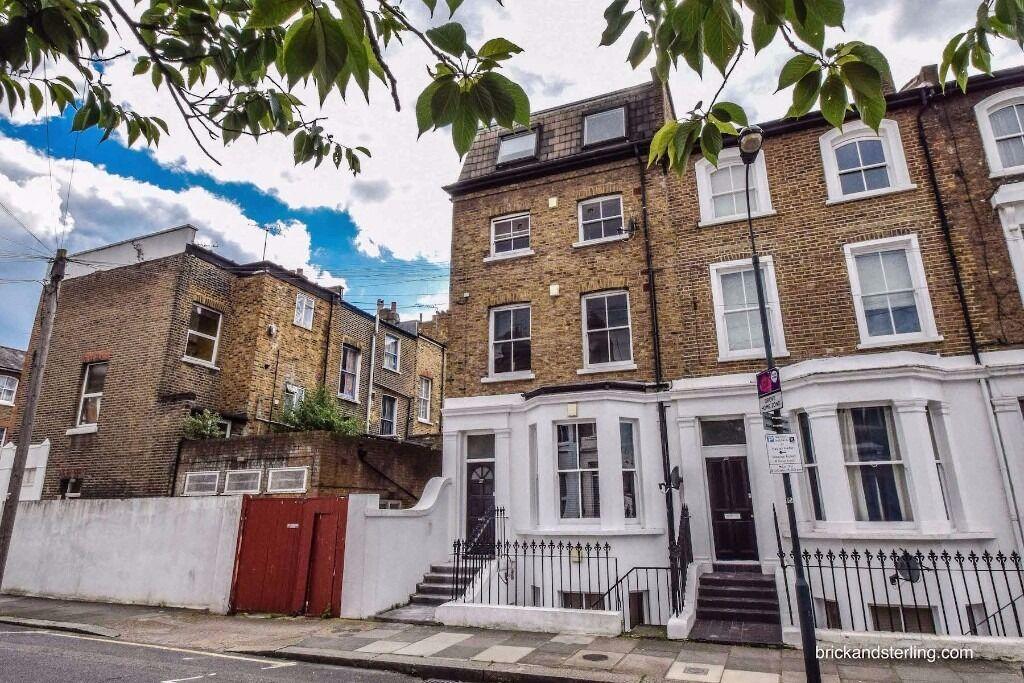 Awesome modern Victorian apartment in Brackenbury Village in Hammersmith