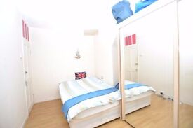 Superb Refurbished 3 Double Bedroom Maisonette In Brick lane.....5 mins to Aldgate East