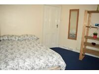 Double room in Tooting Broadway. All bills included.