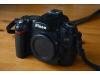 Nikon D90 DSLR Body Only - mint condition!