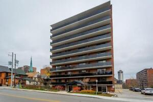 506 81 Charlton Avenue E Hamilton, Ontario