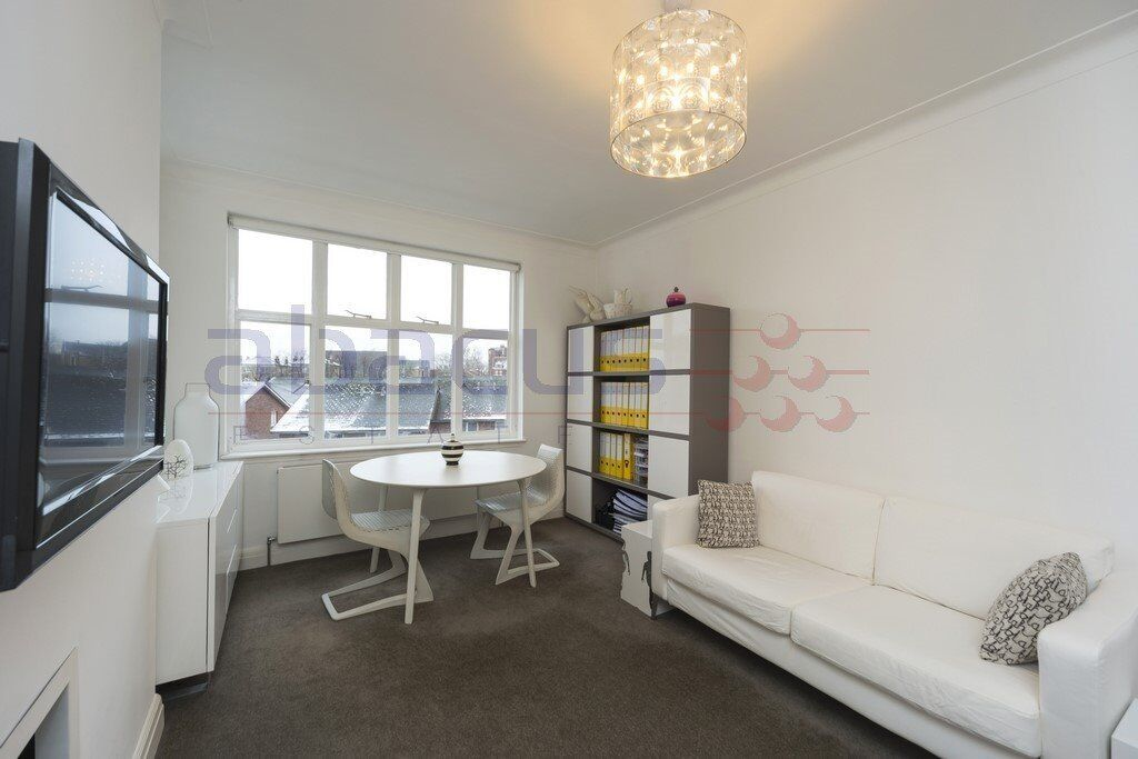 STUNNING 1 BED FLAT-WEST HAMPSTEAD VILLAGE-MINS FROM ALL SHOPS AND TRANSPORT-CALL RICKY FOR VIEWINGS