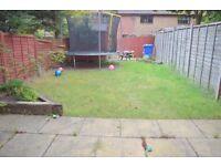 AMAZING 2 BED HOUSE - RYELAND CLOSE JUST OFF FALLING LANE UB7 - TAKE A LOOK! £1250pcm