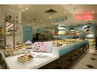 STORE MANAGER - Selfridges (Lola's Cupcakes)- Join our team for a great career!