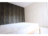 Spacious 3 bedroom flat to rent in Kilburn, 3 bedrooms with private garden