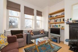1 bedroom flat in Finchley Road, London, NW3 (1 bed) (#1156124)