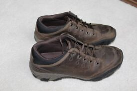 Merrell Boys Girls Unisex Leather Shoes Brown Size 4 ( Eur 37 )