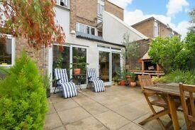 Stunning period conversion with private garden. Just one minutes' walk to Kennington station.