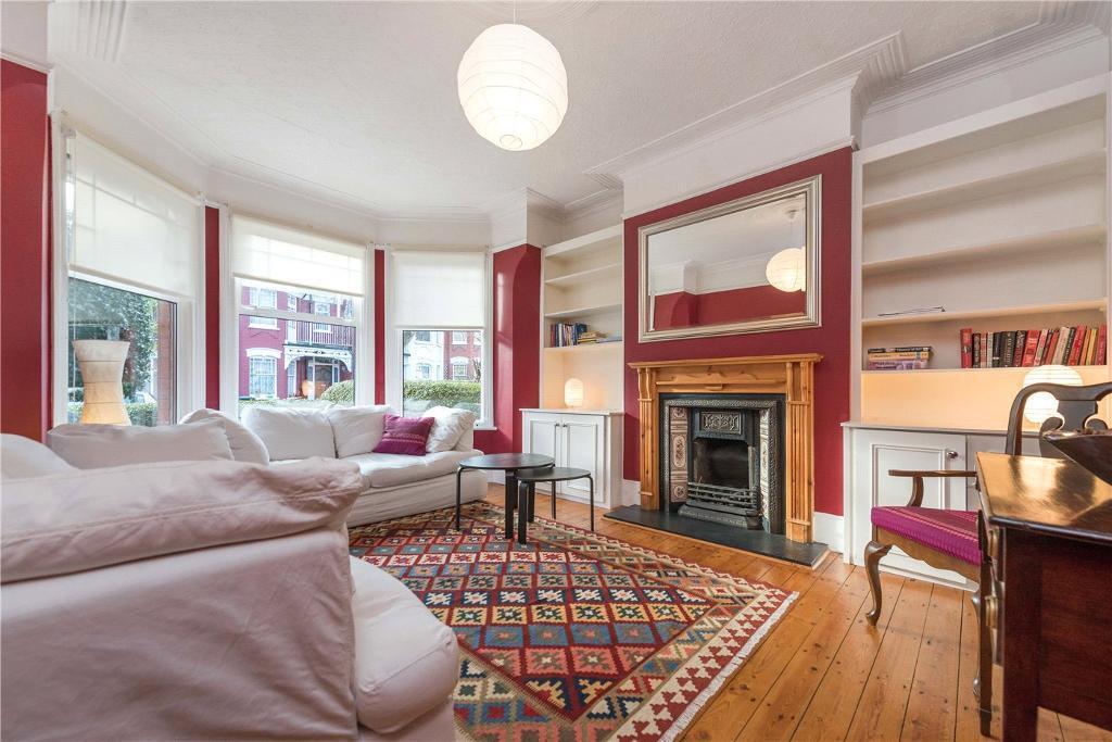 4 bedroom house in Dewsbury Road, London, NW10