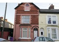 32 EUSTON STREET FL3, WALTON - Studio top floor apartment. DSS WELCOME