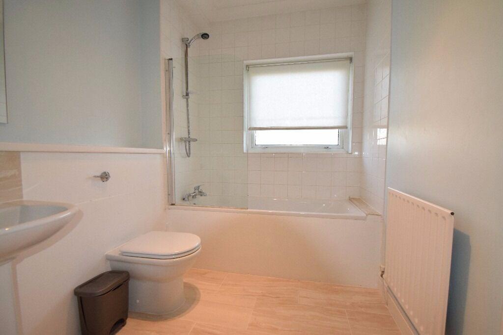 1 Bedroom flat on Lower Downs Road, Wimbledon, SW20