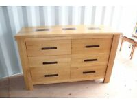Martin & Frost 6 Drawer Solid Oak Chest with Dark Wood Inlay