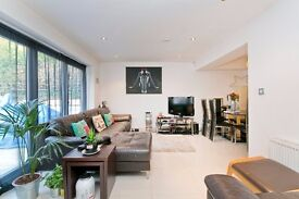BEAUTIFUL 2 DOUBLE BEDROOM GARDEN FLAT LOCATED ON TREE LINED STREET! CLOSE TO GOOD TRANSPORT LINKS!