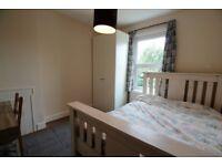 Quiet good size dble room overlooking garden, £550, 15 mins to stn, 25 mins to Victoria zone 3