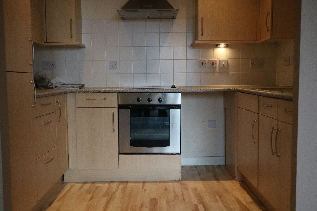 Spacious 1 bedroom Flat with balcony PART DSS ACCEPTED!