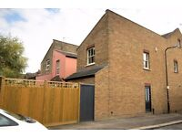 **TWO BEDROOM HOUSE - BEAUTIFULLY PRESENTED WITH GARDEN IN GREAT LOCATION**