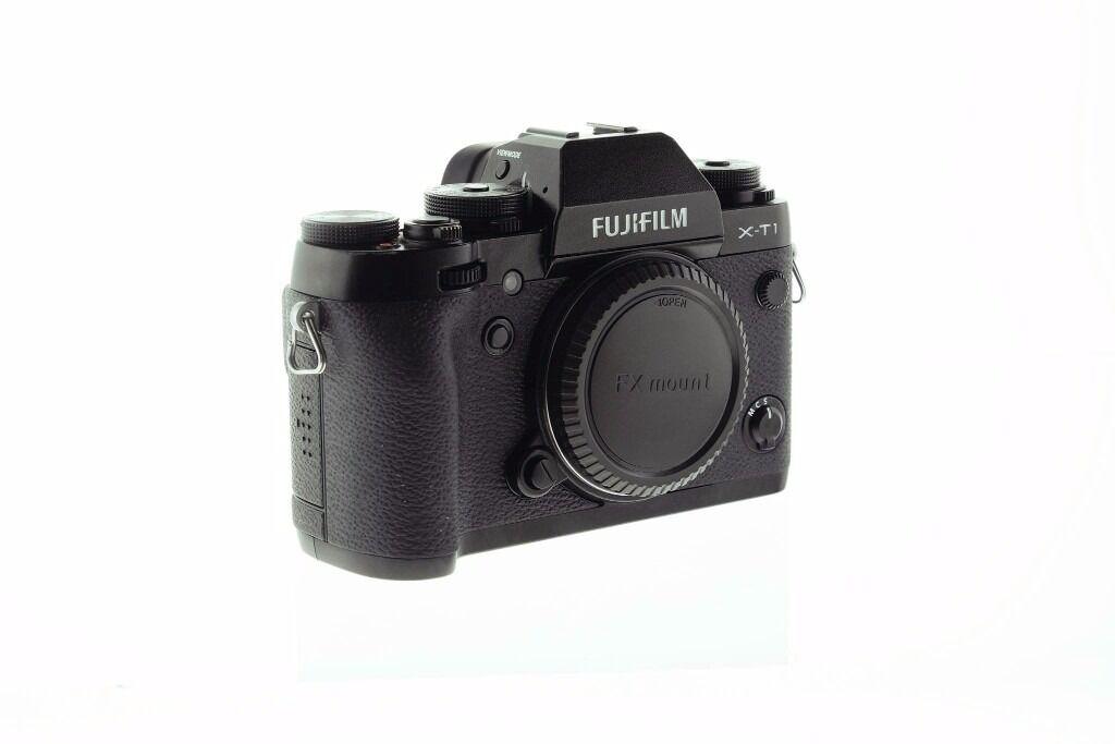 Fujifilm XT-1 Mirrorless + 18-55mm f/2.8-4 IOS Fuji Lens Kit // Swap for Full Frame Sony Canon Nikon