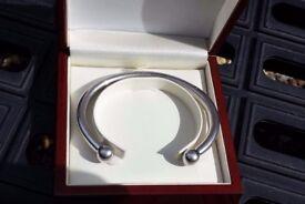 Mens heavy 70g solid silver torque bangle