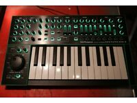 Roland SYSTEM-1 | PLUG-OUT Synthesizer with box