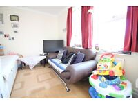 MASSIVE SPLIT LEVEL LUXURY ONE BED FLAT FOR FAMILIES- HOUNSLOW WHITTON TWICKENHAM ISLEWORTH AREA