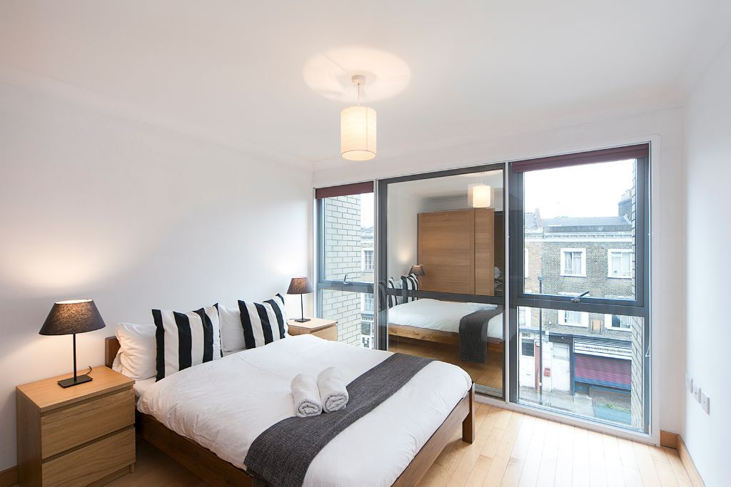**SHORT LETS** 1 Bed Apartment In Angel   Gym